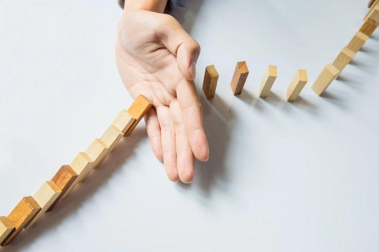 Renuncia y adaptabilidad