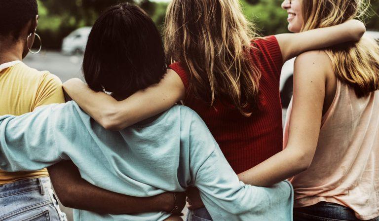 Los amigos no se gastan, amistad